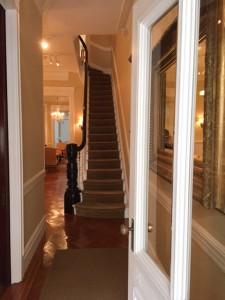 2016 02-011-1 staircase IMG 0250
