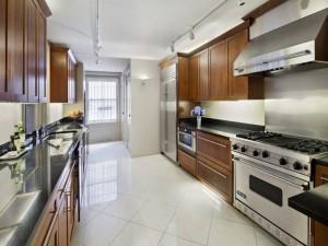 5 Kitchen 38 East 70